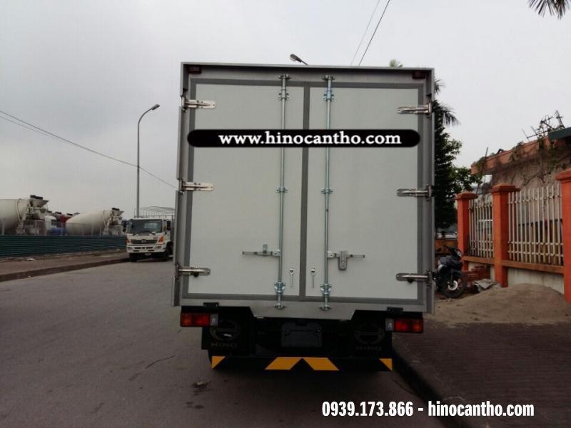 XE ĐÔNG LẠNH HINO 3 TẤN 6  (XZU720L)